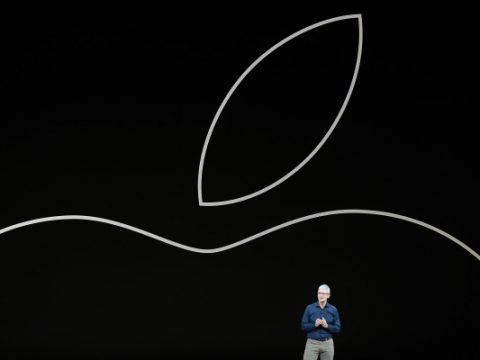 Apple goes to war with the gaming change